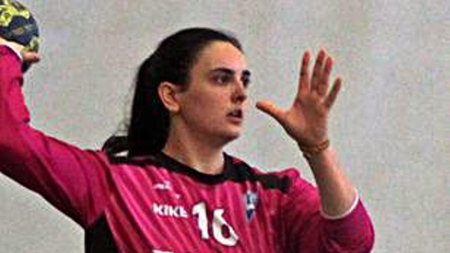 La guardameta Inés Suárez renueva con el Oviedo BF