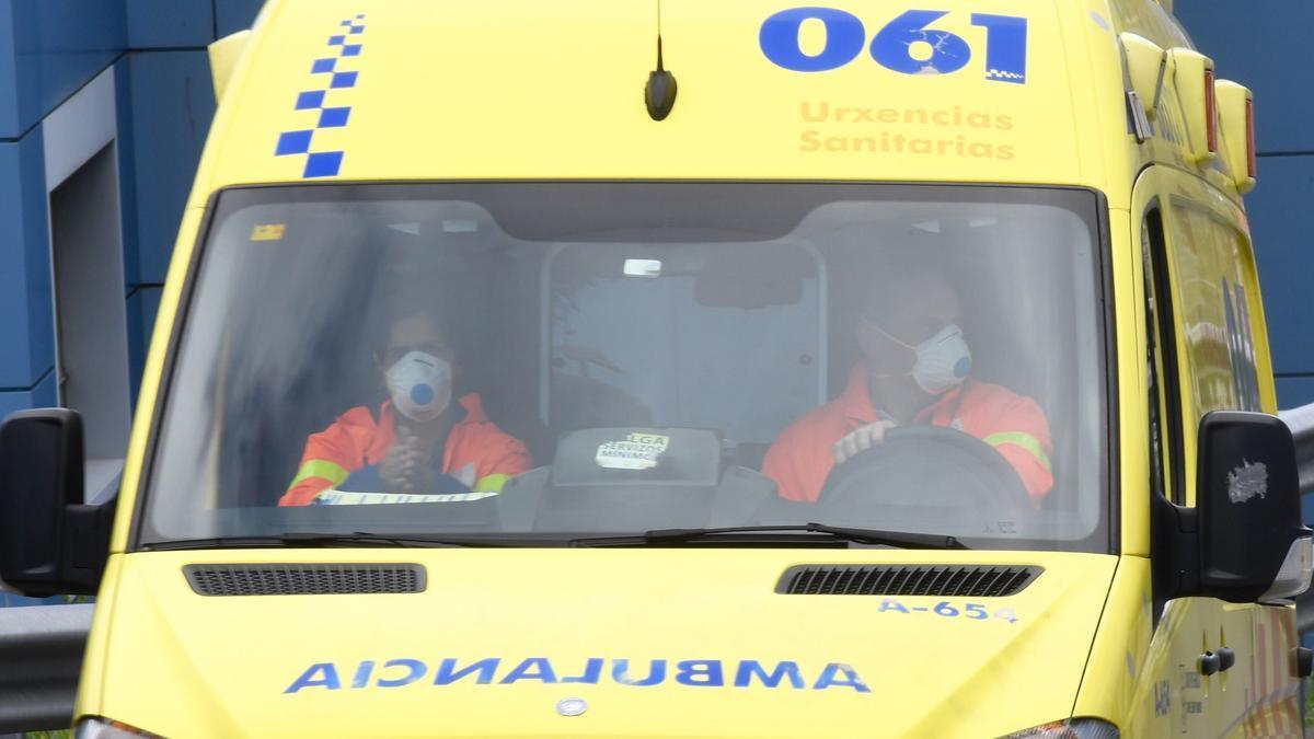 Una ambulancia en A Coruña.