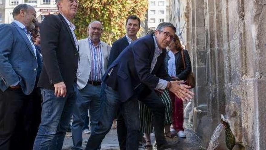 """Patxi López: """"Ourense está ante la oportunidad histórica de provocar el cambio en la ciudad y la Diputación"""""""