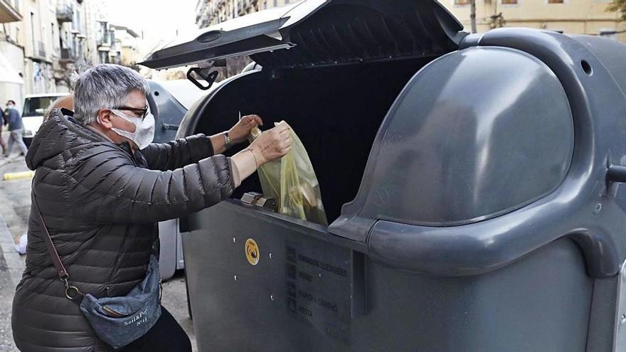 El reciclatge a l'Eixample s'enfila del 51% al 73% amb els contenidors intel·ligents
