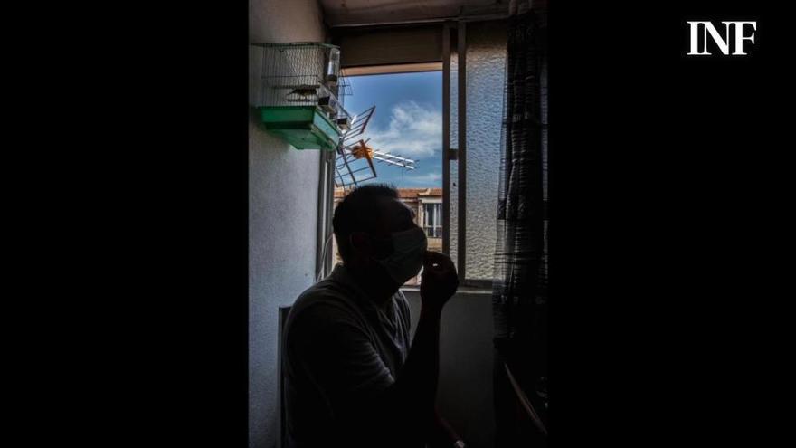 El testimonio de una familia ocupa de Alicante: «Quiero pagar, no vivir en una casa por la cara»