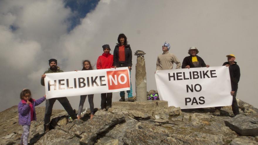 VÍDEO | ¿Qué es el hellibike? Grupos ecologistas protestaron ayer en el Sobrarbe contra esta práctica de riesgo