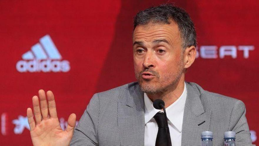 """Luis Enrique acusa de """"desleal"""" a Robert Moreno"""