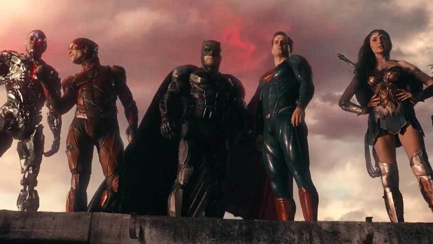 DC prefiere a sus héroes en solitario