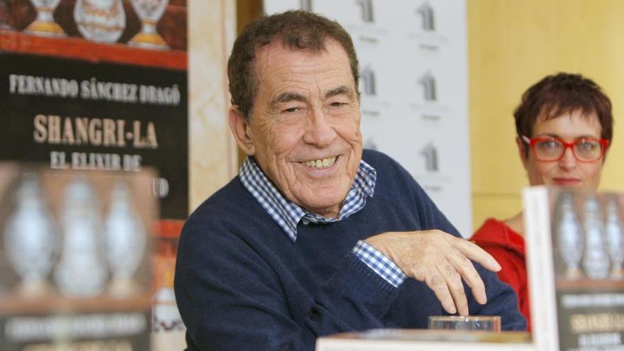 Sánchez Dragó, en el centro de la polémica por la fiesta de la Arribada