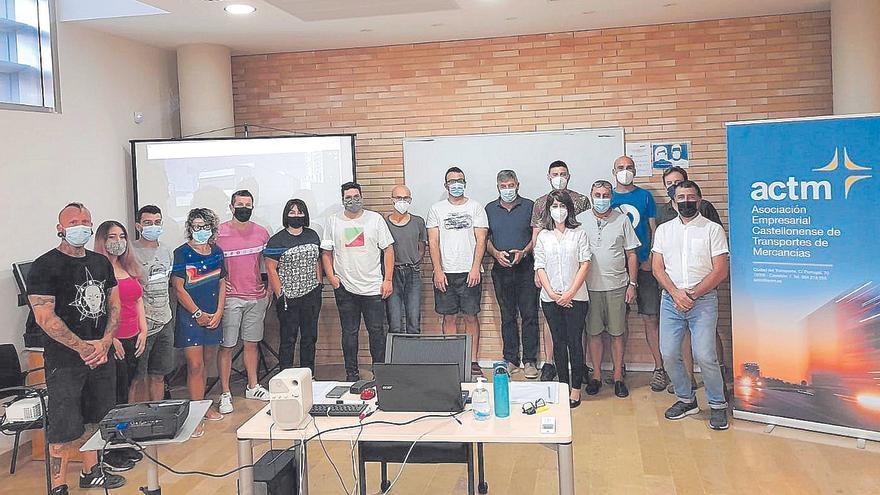 Ayudas a la formación frente al «grave problema de falta de conductores» en Castellón