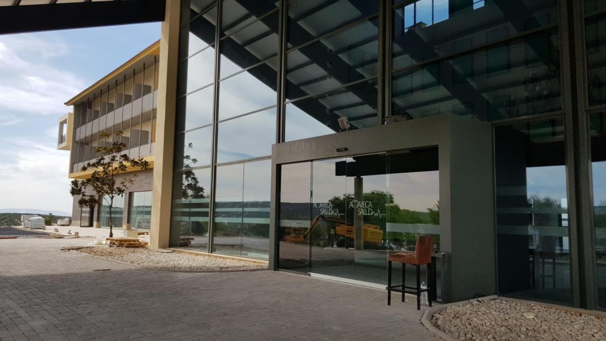 El PP de Lucena insiste en que la Junta hará el hospital público