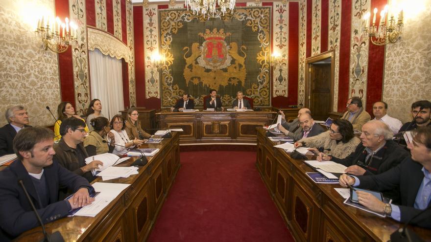 El bipartito de Alicante llevará el Presupuesto de 2021 al Consejo Social tras su aprobación inicial en Pleno