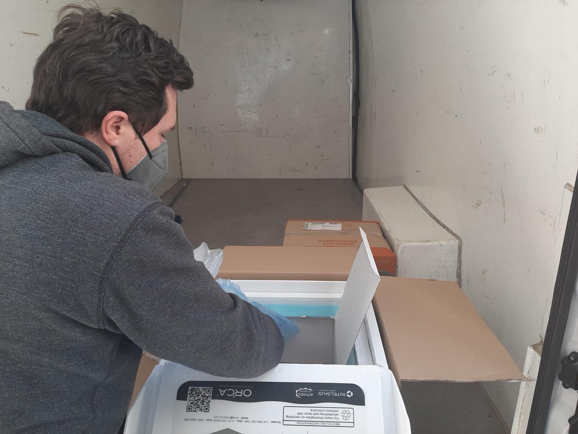 Las primeras dosis de la vacuna de La Moderna llegan a la Comunitat Valenciana