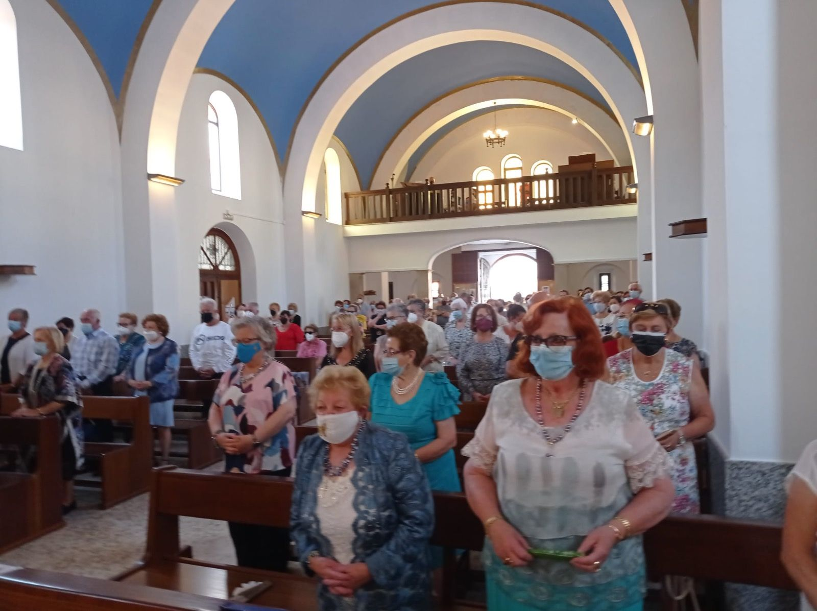 Fieles, durante la misa