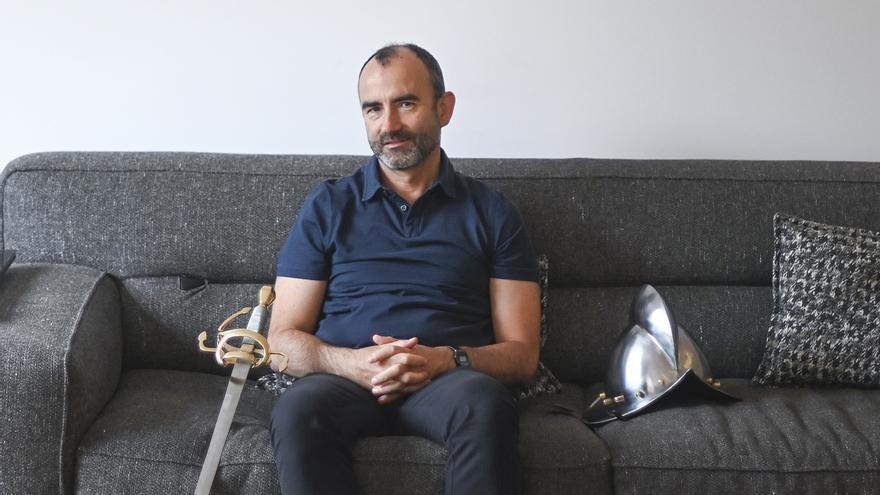 RTVE desmenteix el fitxatge de Rafael Santandreu, anunciat per ell mateix a les xarxes socials