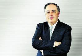 Manuel Munárriz dirige la planta aragonesa de Stellantis donde se ha instalado esta planta fotovoltaica.