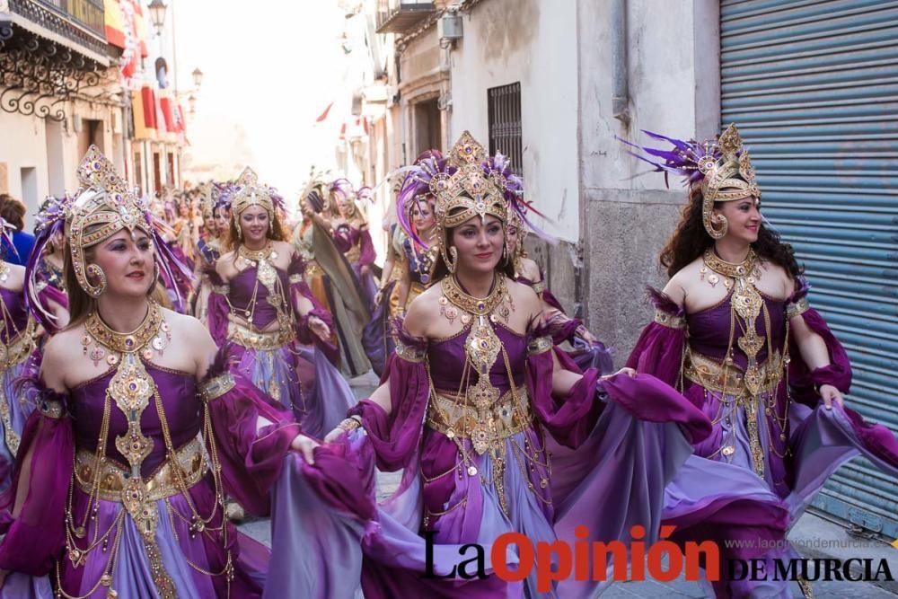 Procesión Desfile día 3 de Mayo en Caravaca