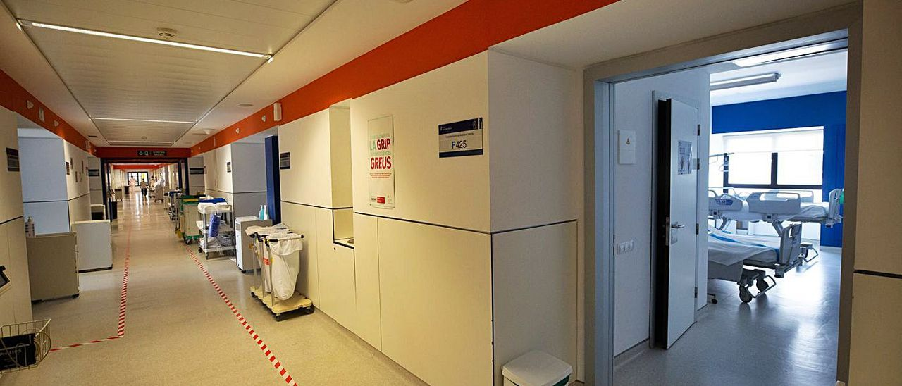 La planta F de Medicina Interna del Hospital Can Misses, en Ibiza.
