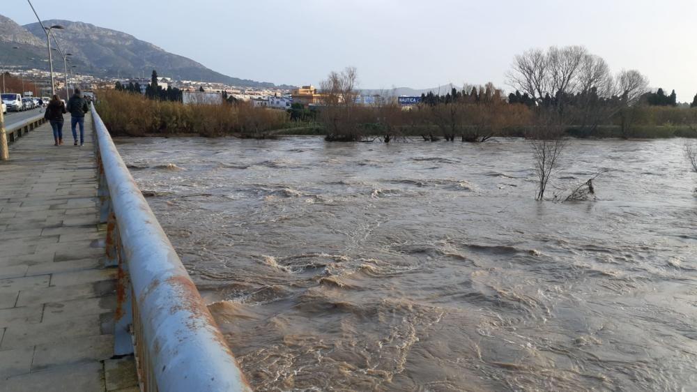 El creixement del Ter ha causat inundacions a Torroella