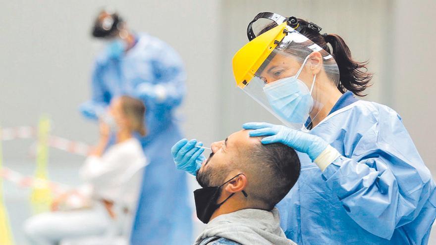 La pandemia se desboca en Córdoba con casi 500 contagios covid en un solo día