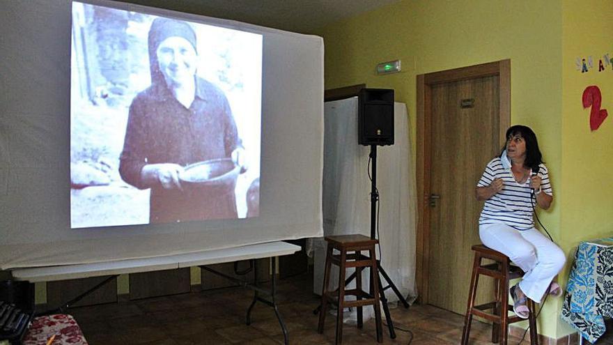 La escritora Victoria Gastón para el tiempo en los cuentos de Trefacio