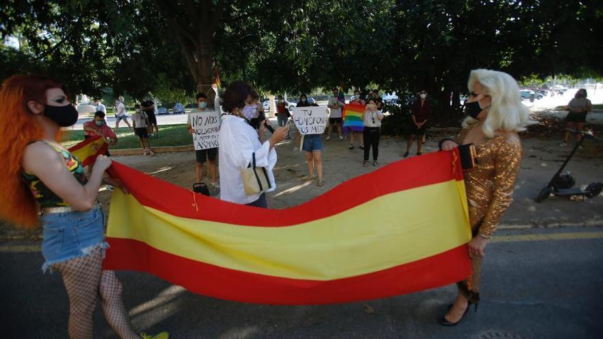 El colectivo LGTB+ pide reapropiarse de la bandera de España
