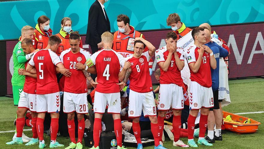 El danès Eriksen es desploma en ple partit i commociona el futbol