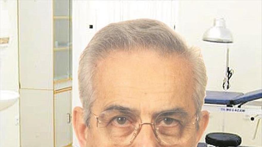 Especialista médico en digestivo y proctología, Rafael Puig Granell