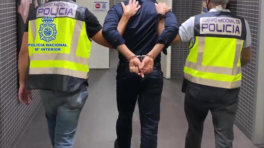 Detención del joven que propinó una paliza a un policía nacional