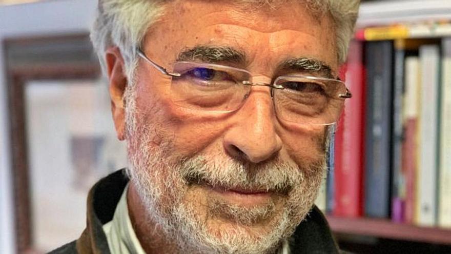 """Humberto Hernández: """"Estamos interferidos por la modalidad castellana del español"""""""
