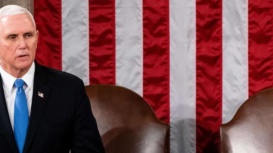 El Congreso pide a Pence que active la destitución de Trump pese a su negativa