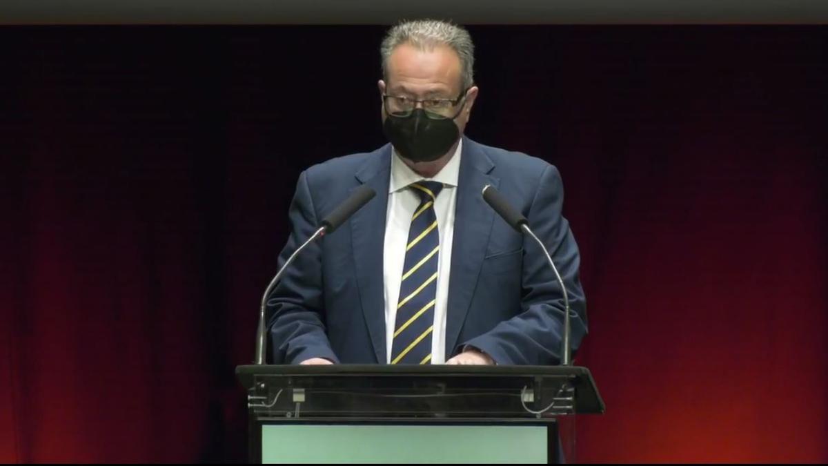 El presidente de la Interagrupación de Fallas, durante su intervención en el congreso.