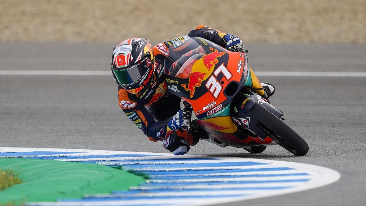 Pedro Acosta gana el Gran Premio de España de Moto3.