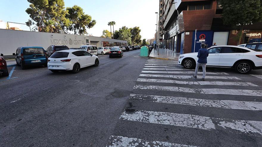 El alcalde de Elche convence a los placeros con un parking y un bulevar para  consolidar el Mercado en la ladera