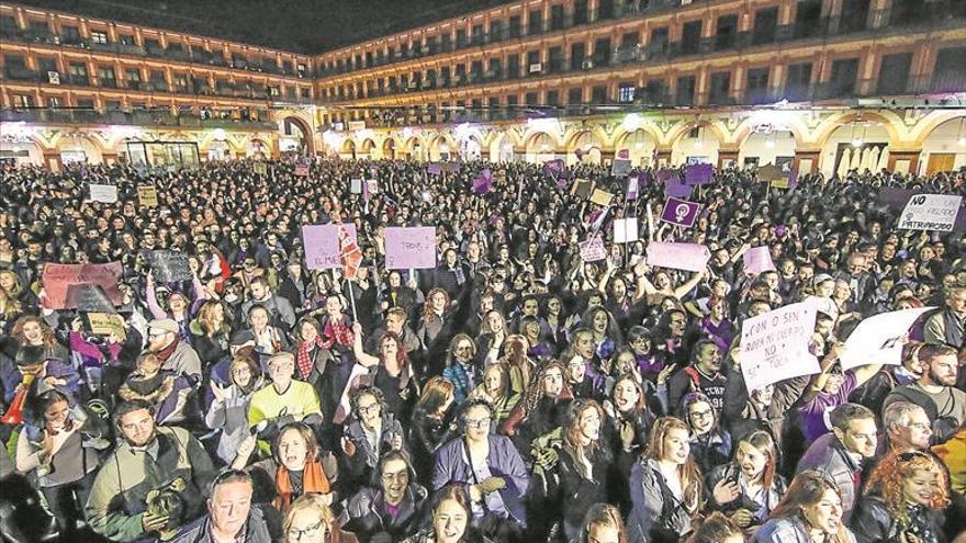 El mensaje feminista eleva el tono en otro 8M multitudinario
