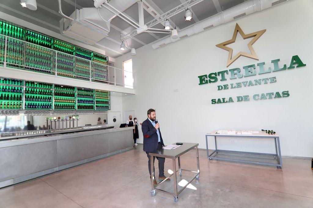 Presentación de la nueva sala de catas de Estrella Levante