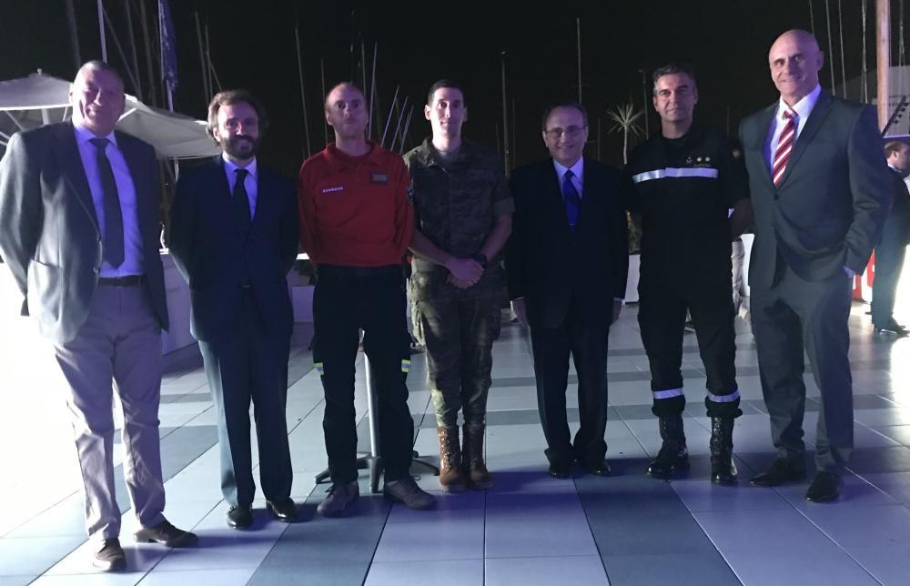 Comandante general Juan Cifuentes, Aitor Moll, Francisco Grimalt, Álvaro Sayago, Javier Moll, Olaf Clavería y teniente coronel Ortiz
