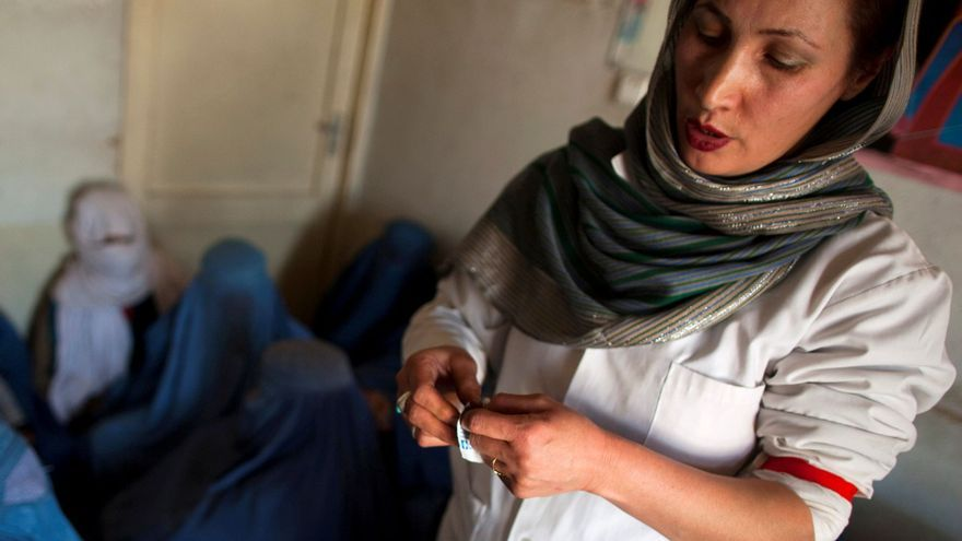 """Los talibanes prohíben a las mujeres practicar deporte si su cuerpo queda """"expuesto"""""""