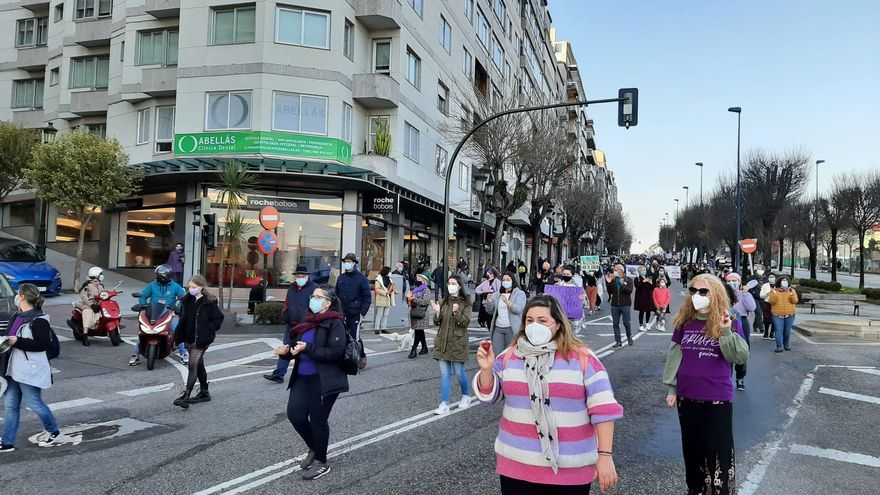El feminismo toma las calles de Vigo entre protocolos anticovid