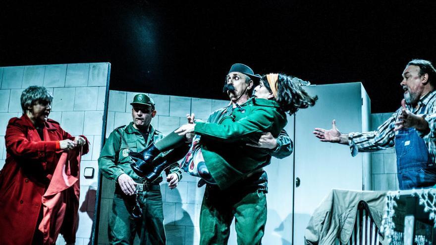 El Teatre Sans sube a escena 'Sense paga, ningú paga!'