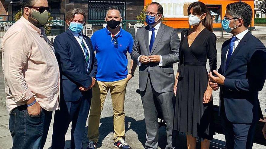 Los concejales del PP plantan cara al virus en La Corredoria