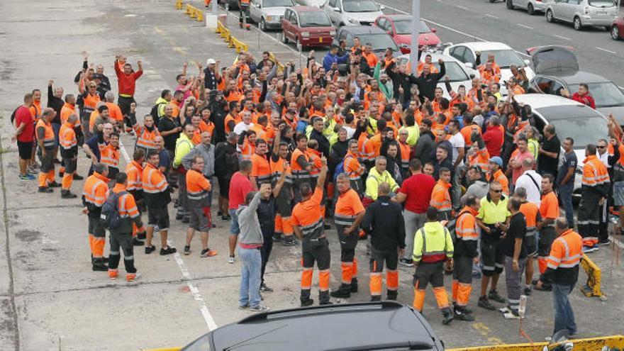La huelga de 48 horas de la estiba paraliza los puertos