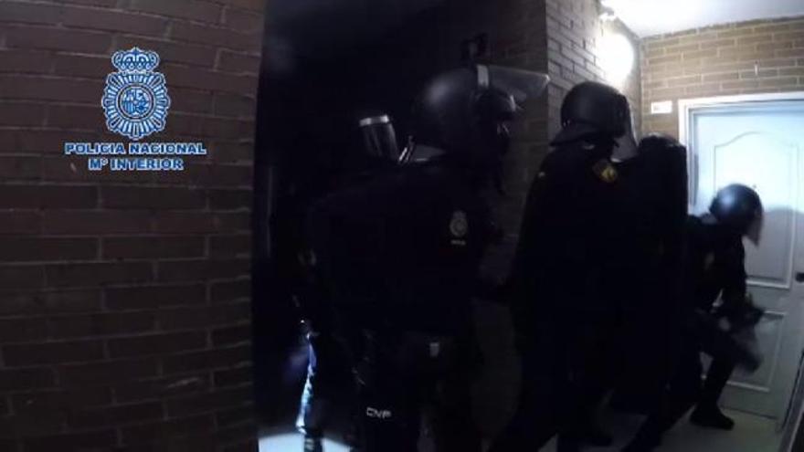 Siete detenidos por robar en tiendas de Madrid con hachas o armas de fuego