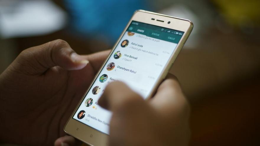 Así puedes usar los estados de WhatsApp para felicitar la Navidad