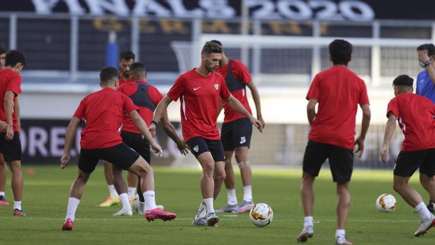 La Roma mide su buena forma ante el Sevilla, 'rey' del torneo