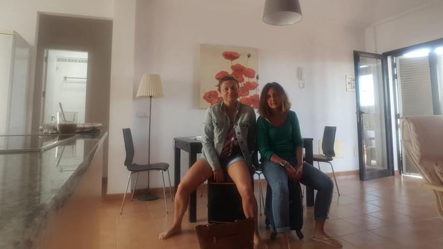 """La odisea de dos asturianas """"atrapadas"""" en Lanzarote por la crisis del coronavirus"""
