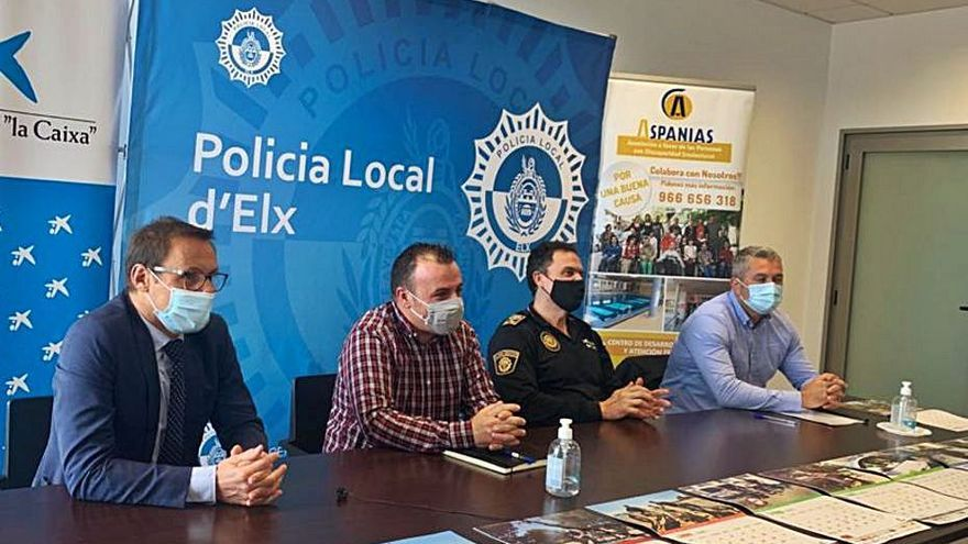 La Policía Local, en un calendario