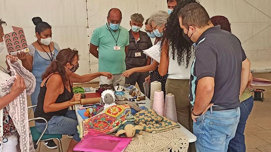 El Cabildo incorpora más de una decena de nuevos artesanos