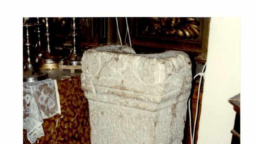 Cultura autoriza el proyecto de conservación del Ara del Obispo Bacauda de Cabra