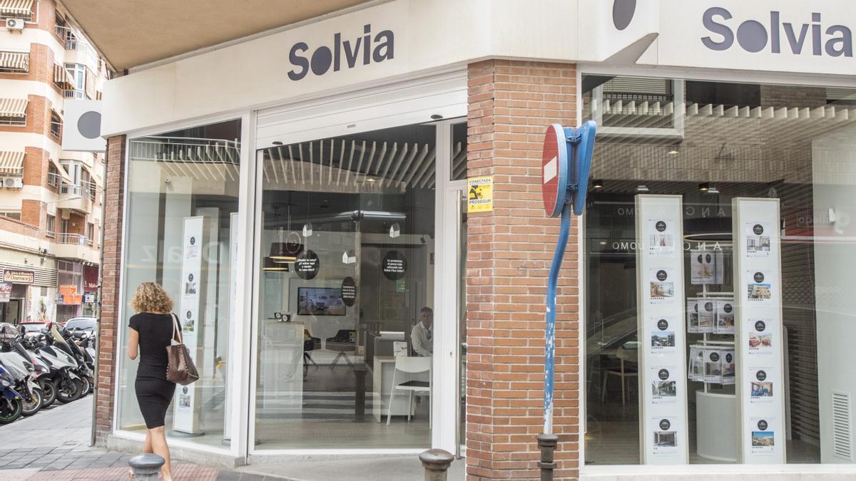 Imagen de archivo de una oficina de Solvia en Alicante.