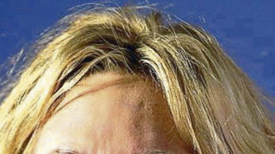 Melanie Griffith reaparece tras operarse la nariz por un tumor