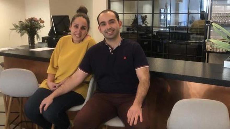 Roseta Félix y Dani Malavía  en su restaurante, «Fraula».
