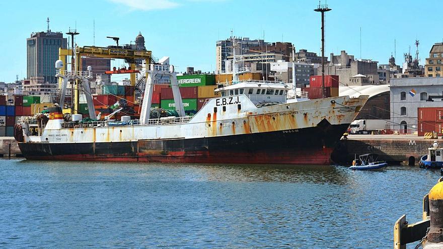 La flota se atasca en Montevideo
