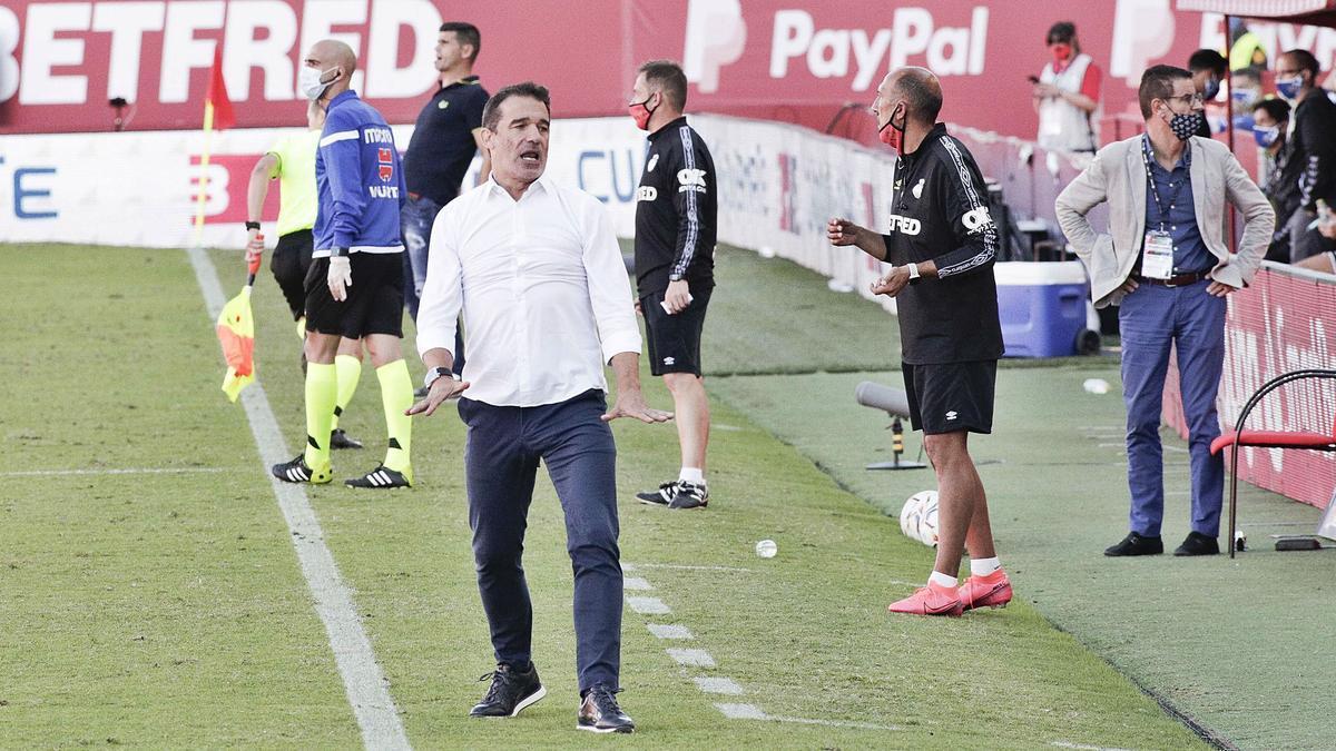 """Luis García: """"Por fin hemos jugado un partido de Segunda"""""""